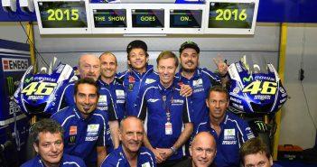 MotoGp, Valentino Rossi firma con Yamaha fino al 2016