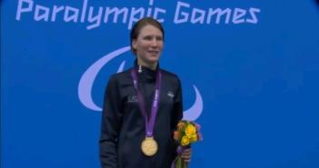Anche la campionessa di nuoto Cecilia Camellini partecipa all'