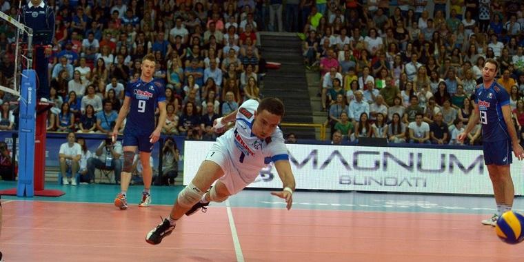 Video modena volley il saluto del nuovo libero rossini for Casa modena volley