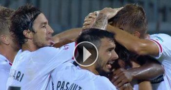 Mbakogu beffa il Livorno. Guarda gli highlights in HD di Livorno-Carpi