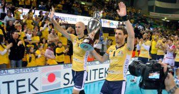Modena Volley, squadra e Coppa Italia alla concessionaria Citroen Panini