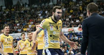 VIDEO. Modena Volley, l'invito ad abbonarsi per la prossima stagione di Nemanja Petric