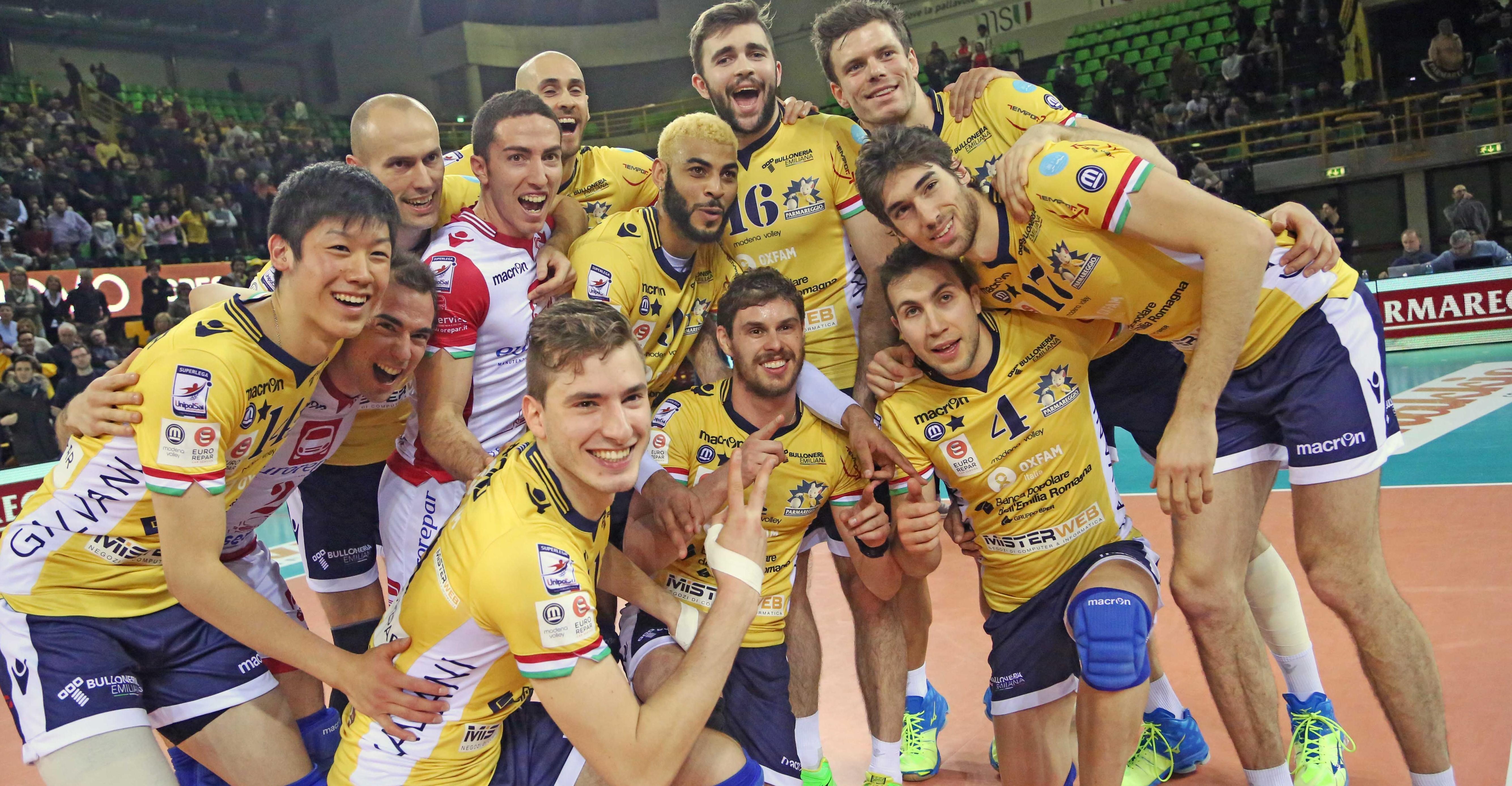 Live parmareggio modena volley cmc ravenna 3 1 modena for Casa modena volley
