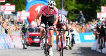 Giro d'Italia, 14ª tappa: magistrale Dumoulin, è sua la Montagna Pantani!