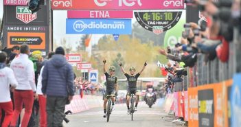 Giro d'Italia, 6ª tappa: Chaves si prende l'Etna e Yates la Maglia Rosa