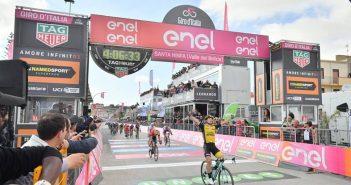 Giro d'Italia, 5ª tappa: finalmente Battaglin, che a Santa Ninfa può esultare