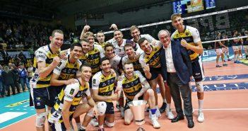 L'Azimut Leo Shoes Modena vince con Sora e festeggia al meglio i suoi 3502 abbonati!
