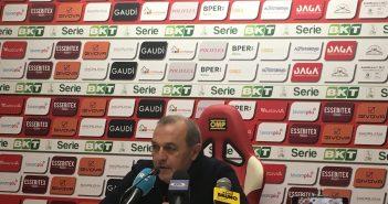 Carpi-Foggia 0-2, Castori: