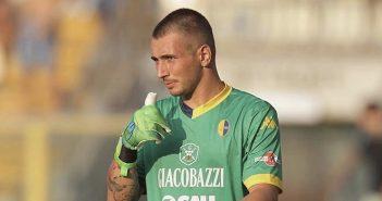 Le pagelle di Modena-Feralpisalò: Gagno è ancora decisivo, Perna sbaglia sul gol. Bella rete di Rossetti