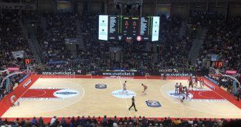 """Basket - La Fortitudo Bologna chiude le porte del """"PalaDozza"""": 85-80 contro Milano"""