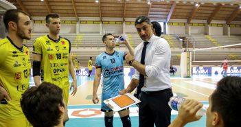 Modena Volley - Gazzetta di Modena, la Leo Shoes passa col cuore al quinto set