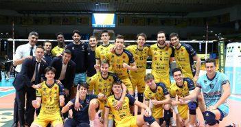 Modena Volley - La Leo Shoes vince con Verona la quinta gara dei Playoff Challenge