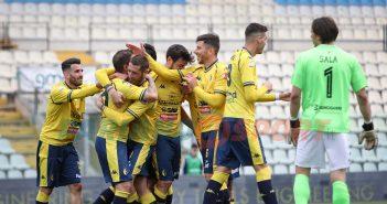 Modena FC - Gazzetta di Modena - La grande attesa: la squadra tra una settimana punterà alla B. Sghedoni e Rivetti all'ultimo atto, ma a stagione finita