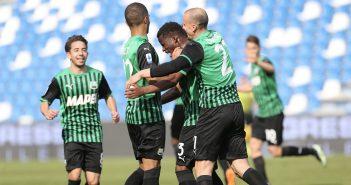 Sassuolo - ''Resto del Carlino'', la Roma scappa: i neroverdi devono vincere a Parma